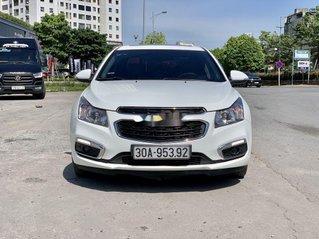 Cần bán Chevrolet Cruze đời 2016, màu trắng, xe chính chủ