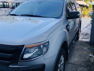 Cần bán xe Ford Ranger đời 2014, màu bạc, xe gia đình, giá 525 triệu đồng
