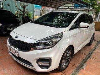 Kia Rondo 2.0MT, sản xuất 2018, màu trắng
