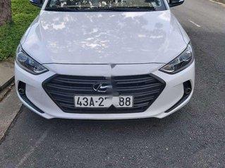 Cần bán lại xe Hyundai Elantra sản xuất năm 2017, màu trắng, nhập khẩu