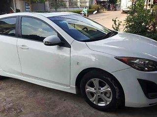 Cần bán xe Mazda 3 2010, màu trắng, xe nhập, giá chỉ 350 triệu