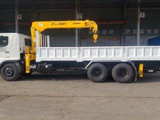 Xe tải Hino 3 chân lắp cẩu 5 tấn