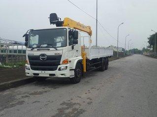Xe tải gắn cẩu 8 tấn Hino FM