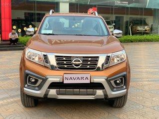 (Hot) Nissan Navara đời 2020, màu cam, nhập khẩu nguyên chiếc, giá 679tr