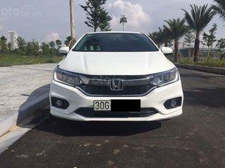 Chính chủ cần bán nhanh chiếc Honda City 1.5TOP 2017 xe còn mới, động cơ hoạt động tốt