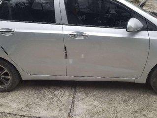 Cần bán lại xe Hyundai Grand i10 2014, màu bạc, nhập khẩu