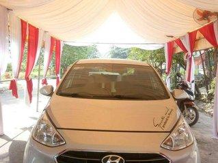 Cần bán lại xe Hyundai Grand i10 đời 2017, màu bạc, giá tốt