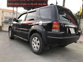 Gia đình bán Ford Escape sản xuất năm 2003, màu đen