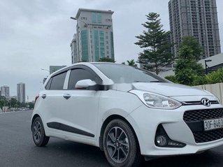 Cần bán Hyundai Grand i10 đời 2019, màu trắng số tự động