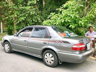 Cần bán Toyota Corolla năm sản xuất 2004, màu xám, xe nhập