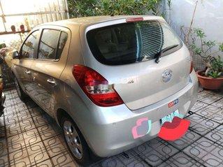 Cần bán Hyundai i20 đời 2011, màu bạc, nhập khẩu