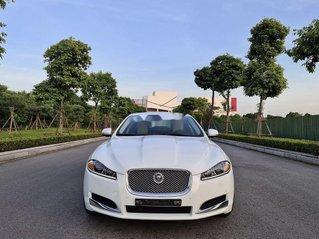 Cần bán lại xe Jaguar XF đời 2013, màu trắng, xe nhập, giá tốt