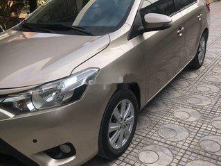 Chính chủ bán Toyota Vios đời 2017, màu vàng cát
