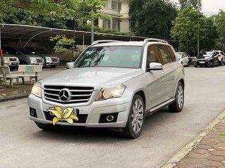Cần bán gấp Mercedes GLK 300 sản xuất năm 2010, màu bạc, chính chủ