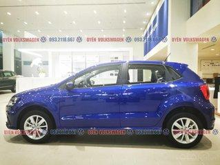 VW Polo 2020 màu xanh lapiz mới, khuyễn mãi trước bạ, hỗ trợ ngân hàng 80% LS thấp, lái thử tận nhà, giá tốt, LH Ms Uyên