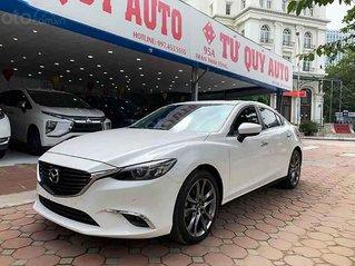 Cần bán lại xe Mazda 6 sản xuất năm 2019, màu trắng