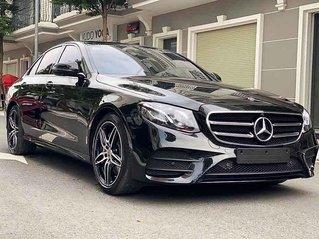 Bán Mercedes E300 AMG sản xuất 2020, màu đen