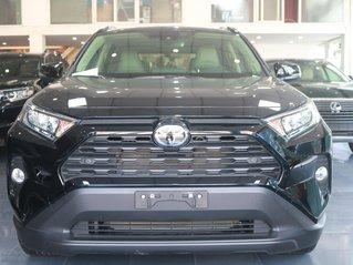 Cần bán Toyota RAV4 XLE sản xuất năm 2020 màu đen nội thất xám