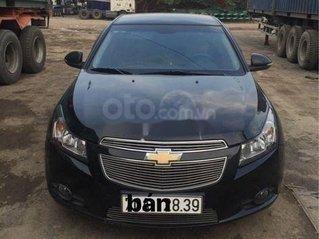 Cần bán lại xe Chevrolet Cruze 2014 số sàn, màu đen - 290 triệu