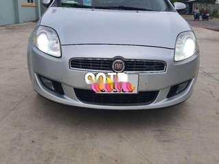 Bán xe Fiat Bravo năm sản xuất 2010, màu bạc, xe nhập