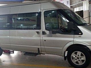 Bán lại xe Ford Transit Luxury năm sản xuất 2014, màu bạc