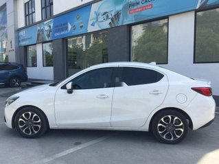 Cần bán lại xe Mazda 2 sản xuất 2016, màu trắng