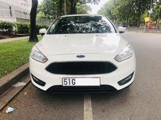 Cần bán lại xe Ford Focus đời 2017, màu trắng
