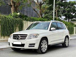 Cần bán Mercedes GLK300 4Matic năm sản xuất 2010, màu trắng, giá tốt