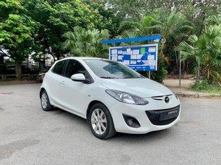 Cần bán Mazda 2 Sport 2014, màu trắng, số tự động