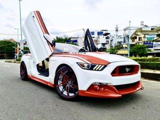 Mustang 2.3 Convertible nhập Mỹ 2016 mui xếp hàng hiếm, 5 chỗ, màu trắng