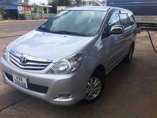 Xe Toyota Innova sản xuất 2010, màu bạc còn mới, giá tốt