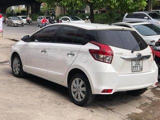 Cần bán xe Toyota Yaris đời 2017, màu trắng