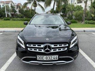 Mercedes Benz GLA 200 sản xuất năm 2017, màu đen