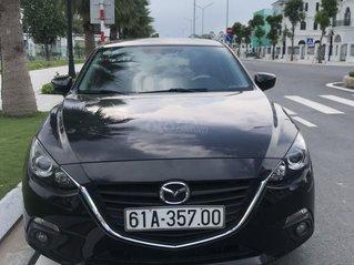 Cần bán gấp với chiếc Mazda 3 đời 2017, màu đen, giá thấp, xe còn mói hoàn toàn