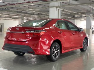 Bán Toyota Corolla Altis 1.8E CVT 2020, màu đỏ