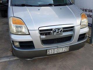 Bán Hyundai Grand Starex sản xuất 2005, màu bạc, nhập khẩu, bán tải 6 chỗ 800kg