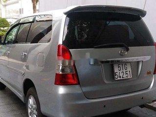 Cần bán Toyota Innova 2013, màu bạc chính chủ