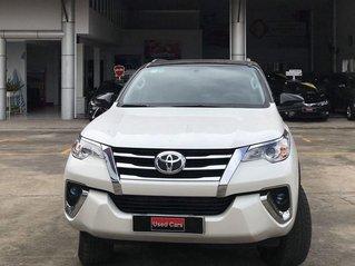 Cần bán gấp Toyota Fortuner năm 2020, màu trắng số tự động