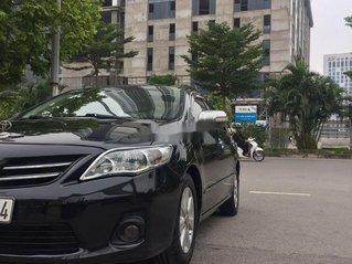 Cần bán gấp Toyota Corolla Altis đời 2011, màu đen chính chủ