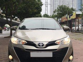 Bán xe Toyota Vios E sản xuất 2018, màu vàng cát, số tự động, xe đẹp như mới