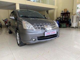 Bán gấp chiếc Nissan Grand Livina năm 2011, xe chính chủ giá thấp