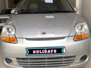 Cần bán Chevrolet Spark năm 2014 xe gia đình, giá tốt, chính chủ sử dụng còn mới