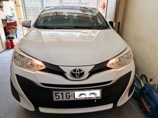 Cần bán lại xe Toyota Vios sản xuất năm 2018, xe chính chủ giá thấp