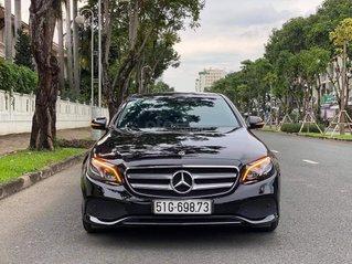 Cần bán gấp với giá ưu đãi nhất chiếc Mercedes-Benz E250 đời 2018, xe còn mới