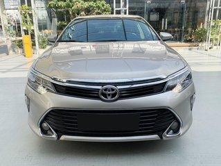 Bán xe Toyota Camry 2.0E 2018