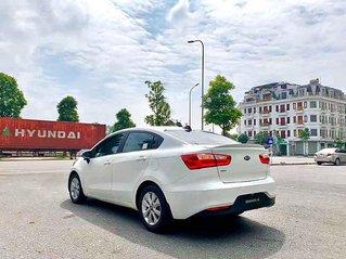 Bán Kia Rio sản xuất năm 2016, màu trắng, xe nhập còn mới