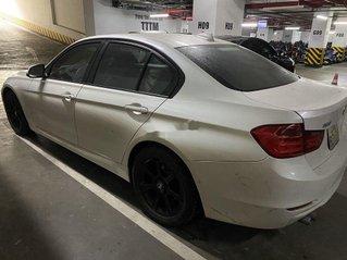 Cần bán lại xe BMW 328i đời 2012, màu trắng, nhập khẩu