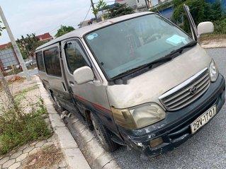 Cần bán Toyota Hiace sản xuất 2001, giá cạnh tranh
