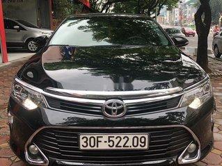 Bán Toyota Camry đời 2018, màu đen
