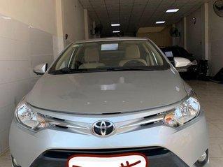 Bán ô tô Toyota Vios đời 2015, màu bạc, số sàn